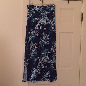 Navy floral print maxi skirt